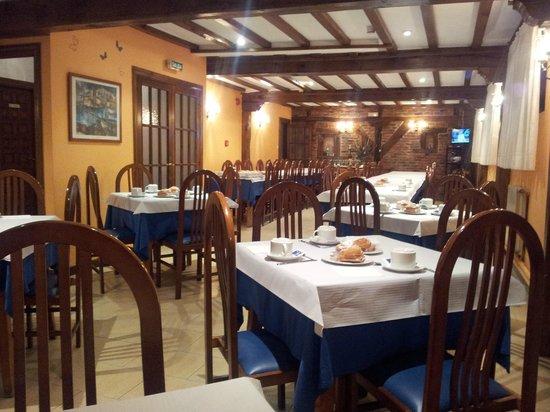 Hotel Cuevas I-II: para desayunar