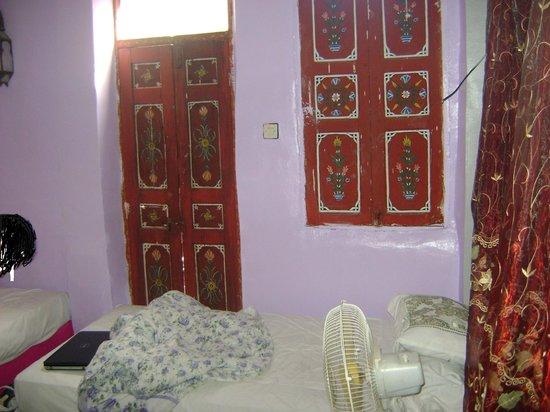Hotel Tomboukto Fes : la chambre a coucher