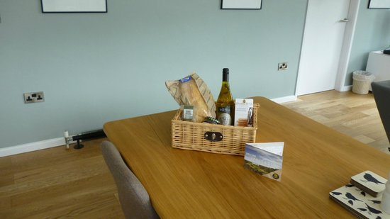 Natural Retreats Yorkshire Dales: welcome hamper