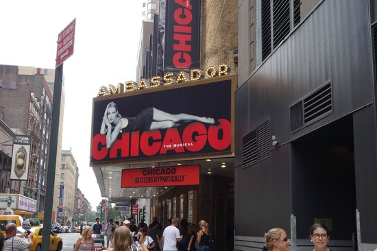 Chicago the Musical: Letreiro/fachada