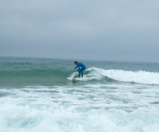 Surf At Surf School: easy conditions