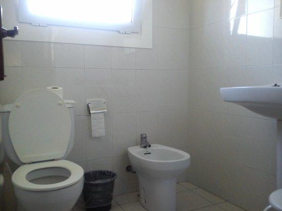 Can Catala: bathroom2