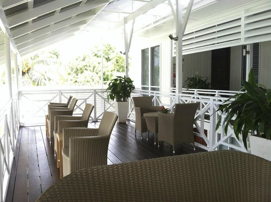 In Wewak Boutique hotel: Verandah Views of the Bismarck Sea