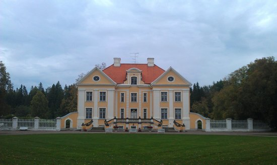 ‪Palmse Manor and Open-Air Museum‬