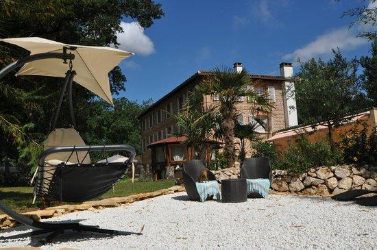 Le Moulin de Rudelle: Pool House