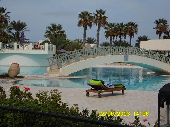 Yadis Djerba Golf Thalasso & Spa: piscina