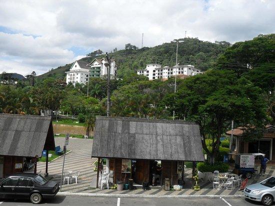 Grande Hotel do Lago: Vista da praça