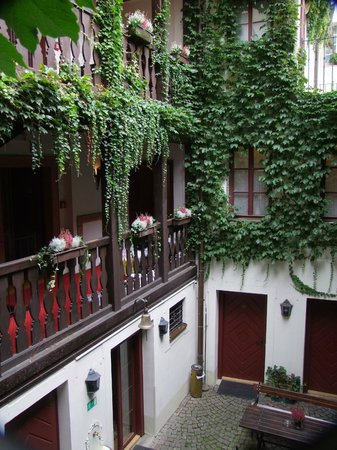 Hotel Waldstein : Inner courtyard