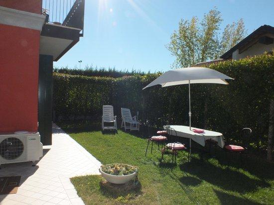 La Casa di Linda : Gardens