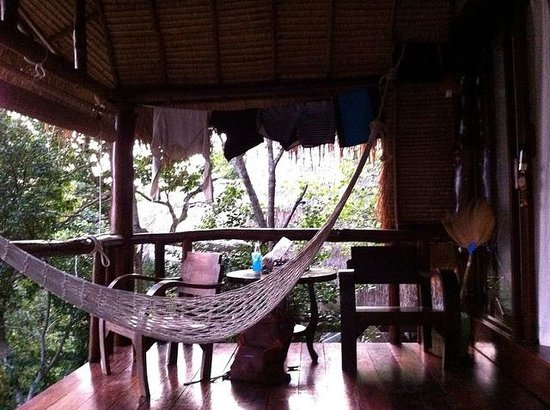 Baan Talay Koh Tao: Our bungalow's covered deck