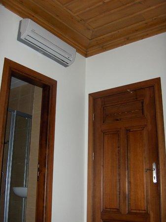 Konya Dervish Otel: AC