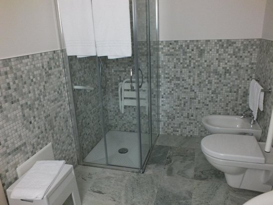 Casa Panvinio: Bathroom