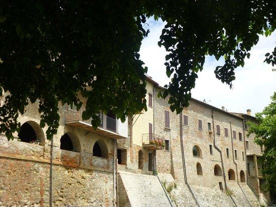 Osteria le civette: outside the walls in Citerna