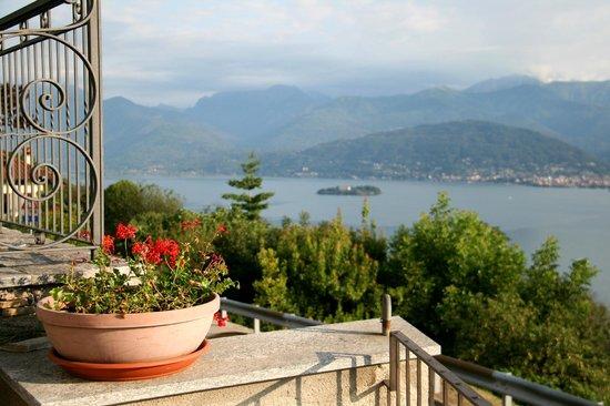 Hotel Brisino : View from the garden/breakfast terrace