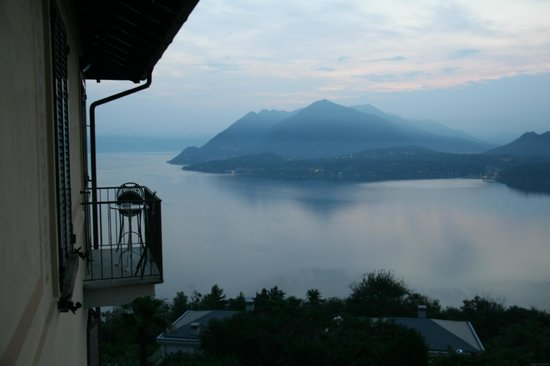 Hotel Brisino: Morning view from the room balcony
