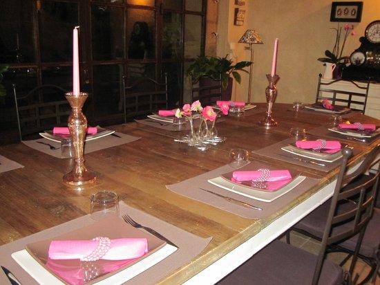 Le Mas Des Arômes: cena al mas des aromes