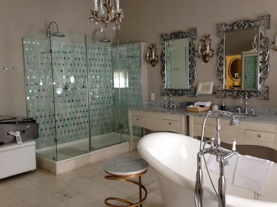 Cape Heritage Hotel: Bathroom