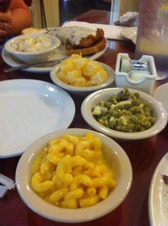 Farmhouse Restaurant: wonderful homemade goodness