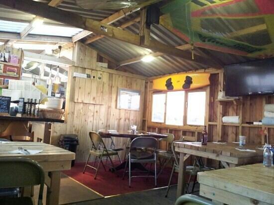 River Exe Cafe: interior towards the kitchen