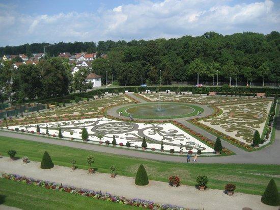 Ludwigsburg Palace (Residenzschloss) : Saray Bahçesi 1