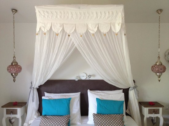 Bamboo Bali Bonaire - Boutique Resort: Nice bed!