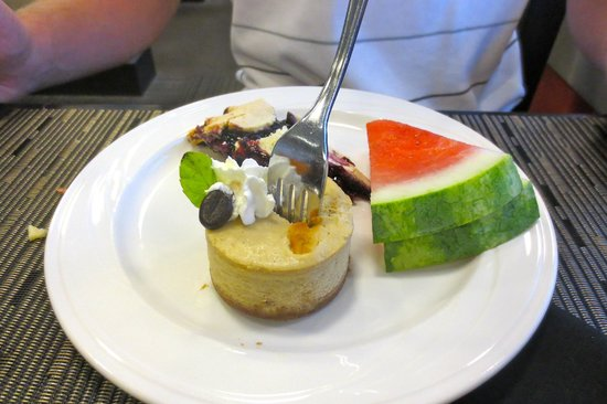 Red Shores Racetrack & Casino : Some of the dessert items