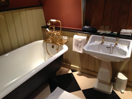 The Rookery Hotel: bath with handheld shower only