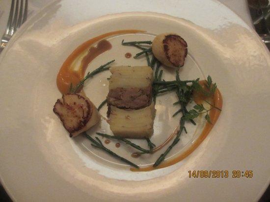 Restaurant at Shibden Mill Inn: The scallops
