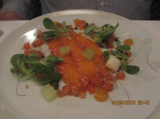 Restaurant at Shibden Mill Inn: The salmon