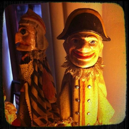 Stephen Daniels House : German puppets