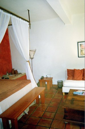 Casa Cupula: Bedroom suite - room 101