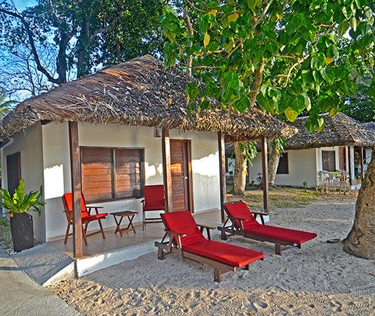 CoCo Beach Resort: Fares