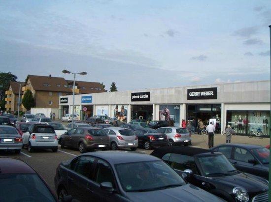 A61 Outlet Elsdorf: A61-Outlet