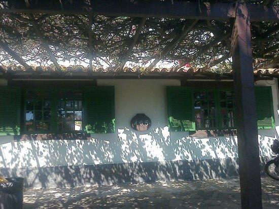 Barla Inn: Posada, desde afuera
