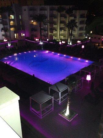 Hotel Garbi Ibiza & Spa : Piscine hôtel garbi