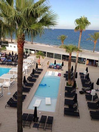 Hotel Garbi Ibiza & Spa : Petite piscine idéale pour les enfants