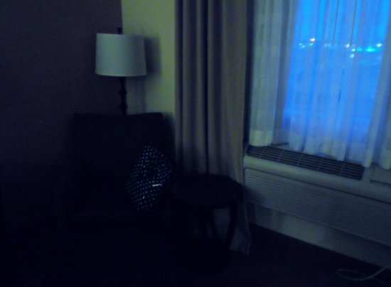 Holiday Inn Express Absecon - Atlantic City Area: chair by the window. window does not open has separate black out shade curtins not mobile