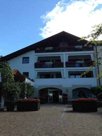 Golserhof: Main Entrance