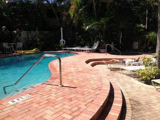 Villa Venice Men's Resort: Pool on the Worthington side