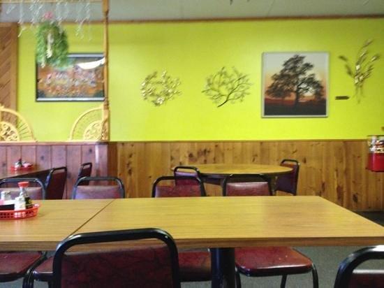Golden Heart Chinese-Thai Restaurant: dining room