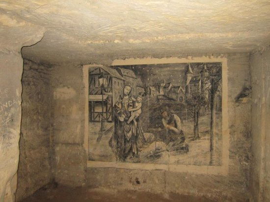 St. Pietersberg Caves: Coal drawing
