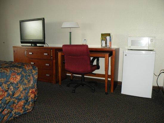 Howard Johnson Inn Perry GA: Room View 2