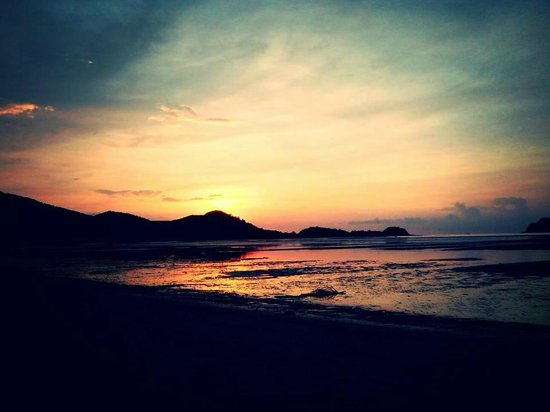 Twin Beach Resort : the amazing sunset