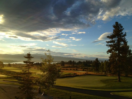 Tamarack Resort: Beautiful Morning overlooking the golf course from lodge