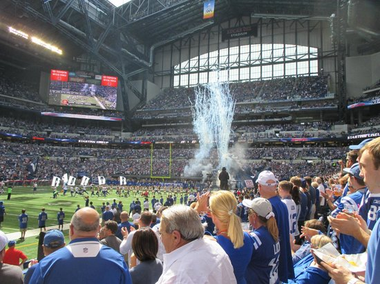 Lucas Oil Stadium: Indianapolis Colts Game!