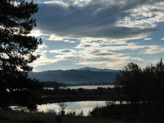 Tamarack Resort : Views towards Lake Cascade