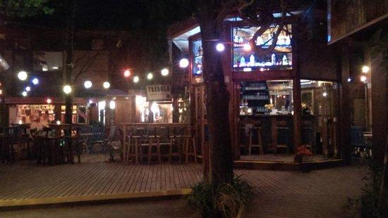 El Chiringuito Bar - Cerveza Artesanal