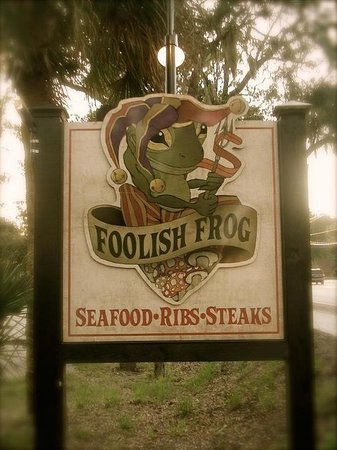 Foolish Frog: Seafood, Ribs and Steaks!