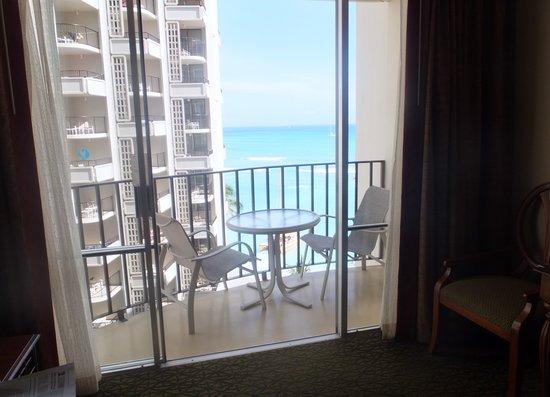 Outrigger Waikiki Beach Resort: balcony