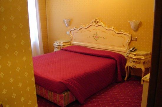 Hotel Bridge: chambre